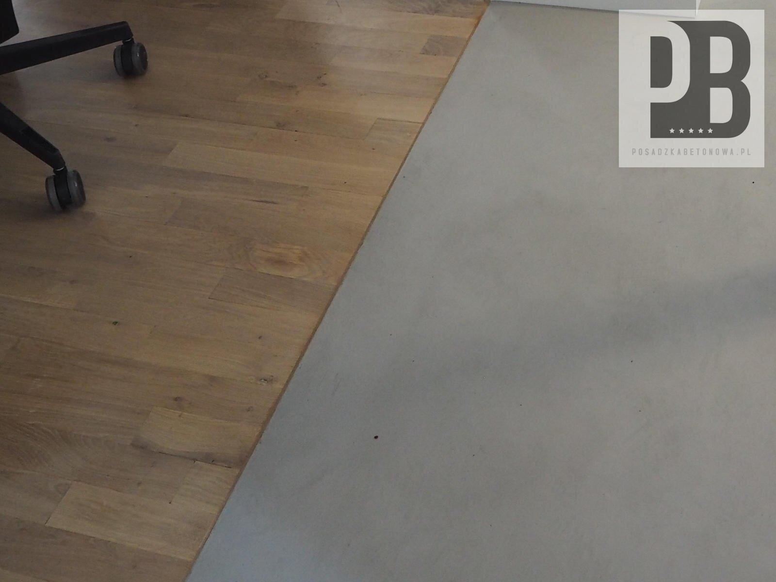 mikrocement-i-parkiet-posadka-betonowa-dekoracyjna1